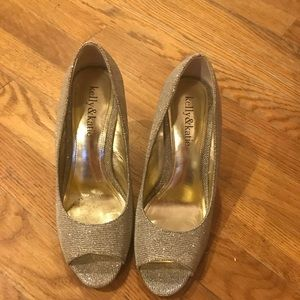 Kelly and Katie Shoes Wedges Size 5.5